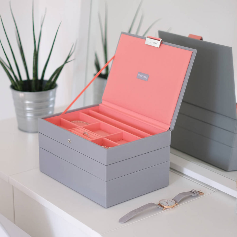 Dove Grey With Coral